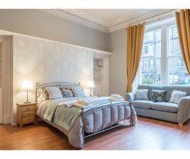 Wonderfully located flat in Marchmont, Edinburgh