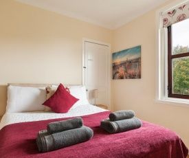 M9 Falkirk Apartment